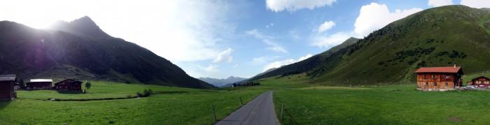 Panorama Sertigtal in Richtung Clavadel