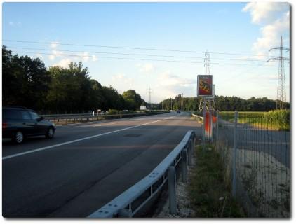 Grenzschild BE - SO auf der A1