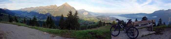 Panorama in Richtung Thun auf dem Spitz