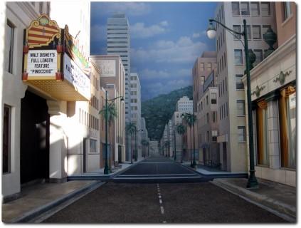 California Adventure Park - Hollywood Street