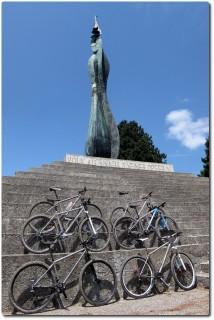 Posen mit Titanium Mountainbikes !