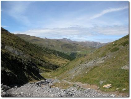 Traumtrail das Val Pila runter und Aussichten auf Mottolino von Hinten