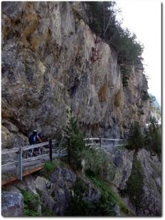 Val S-charl - Aufstieg auf Schotter ausser dieses kleine Stück
