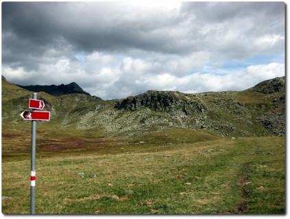 Neuer fahrbarer Mountainbike-Übergang Pass Viola