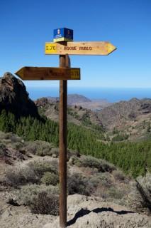 Wegweiser zum Roque Nublo