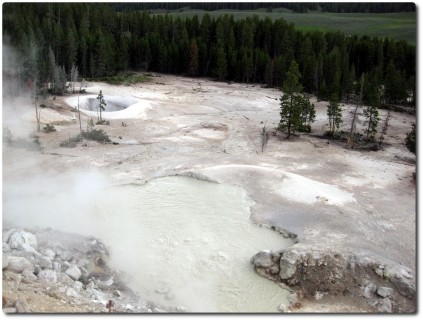 Yellowstone National Park - Mud Vulcano