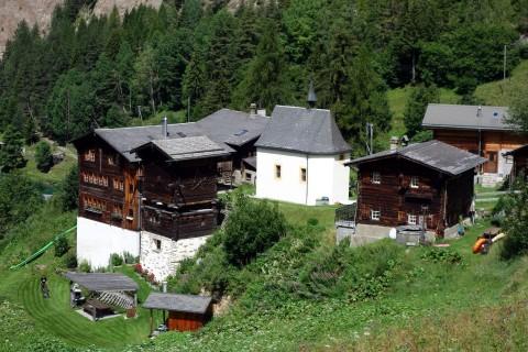 Ze Binne Dorf
